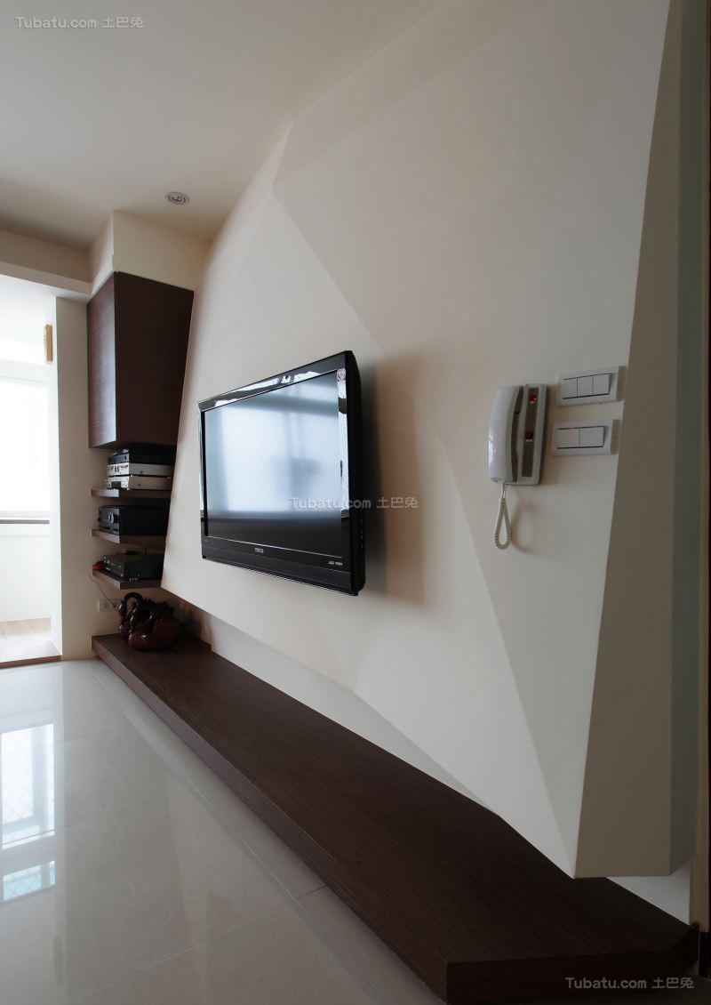 舒适温馨现代风电视背景墙装修效果图