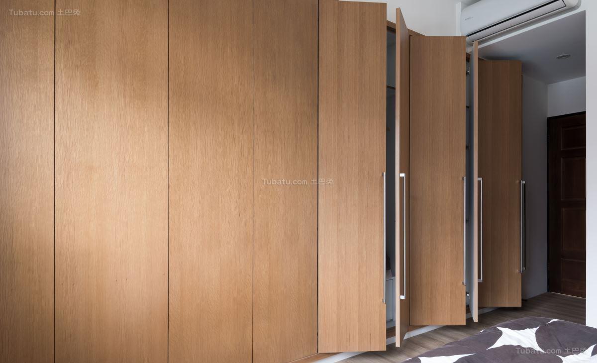 现代质感衣柜装修效果图