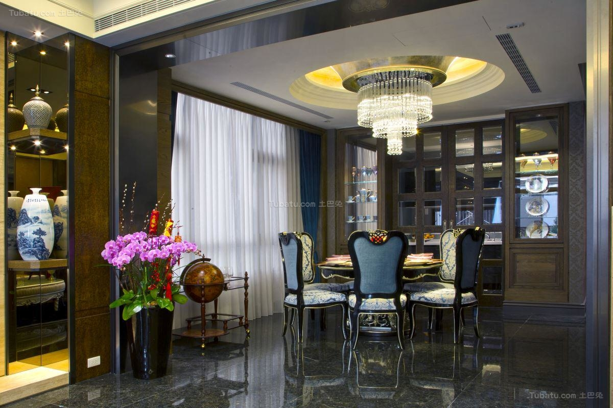 极致奢华新古典风餐厅装修效果图