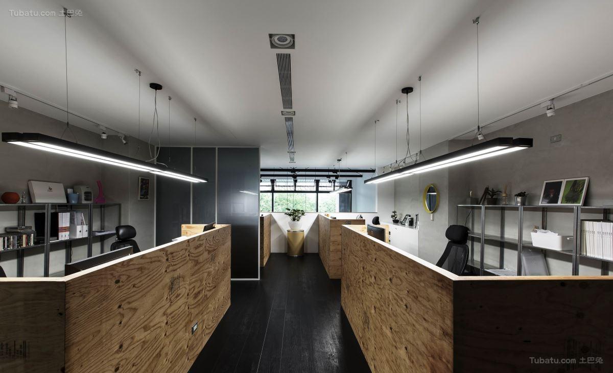 Loft风格清美感一居室图