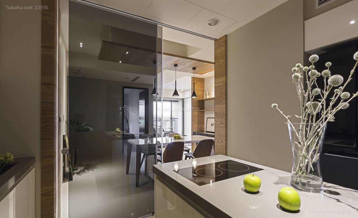温馨美观北欧风格玻璃隔断门装修效果图