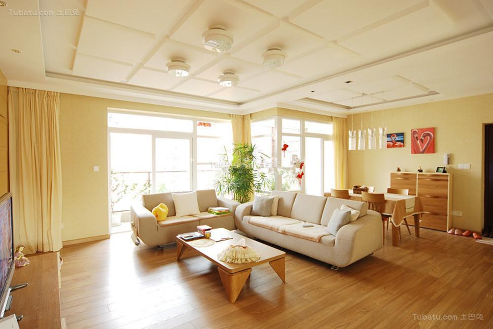 温馨暖色调现代化客厅装修效果图