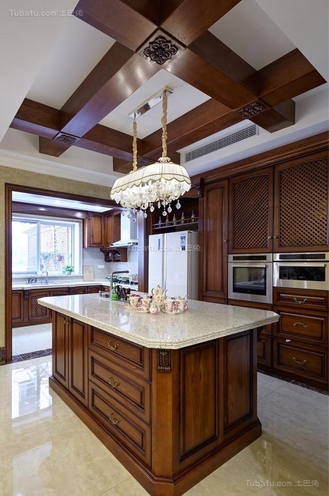 奢华复古欧式风厨房吊顶装修效果图