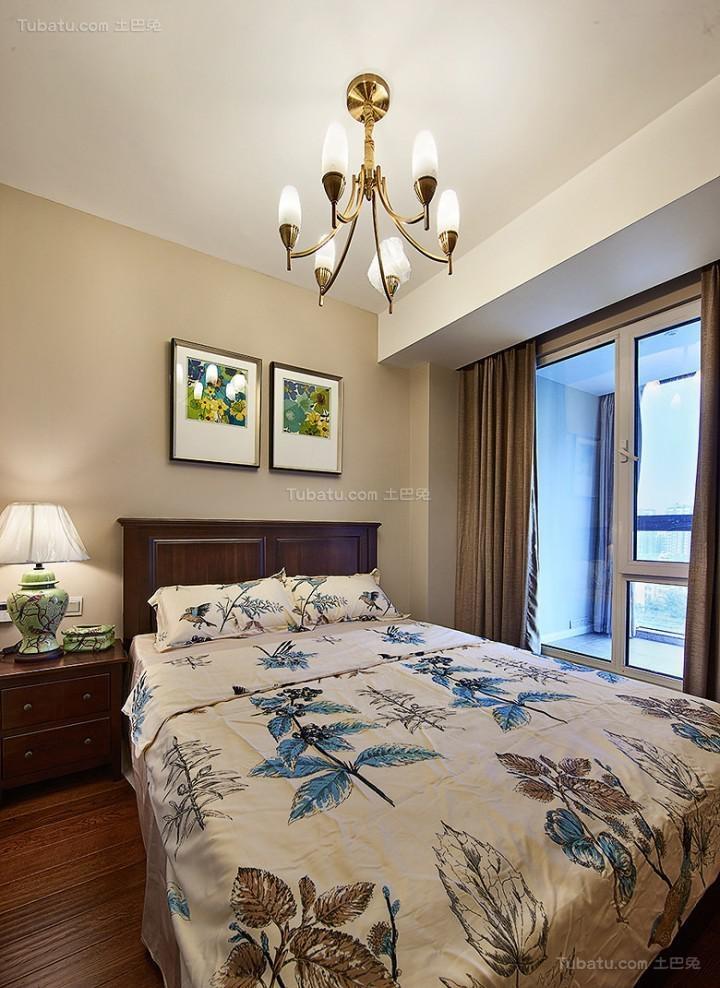 复古温馨美式风格二居室装修效果图