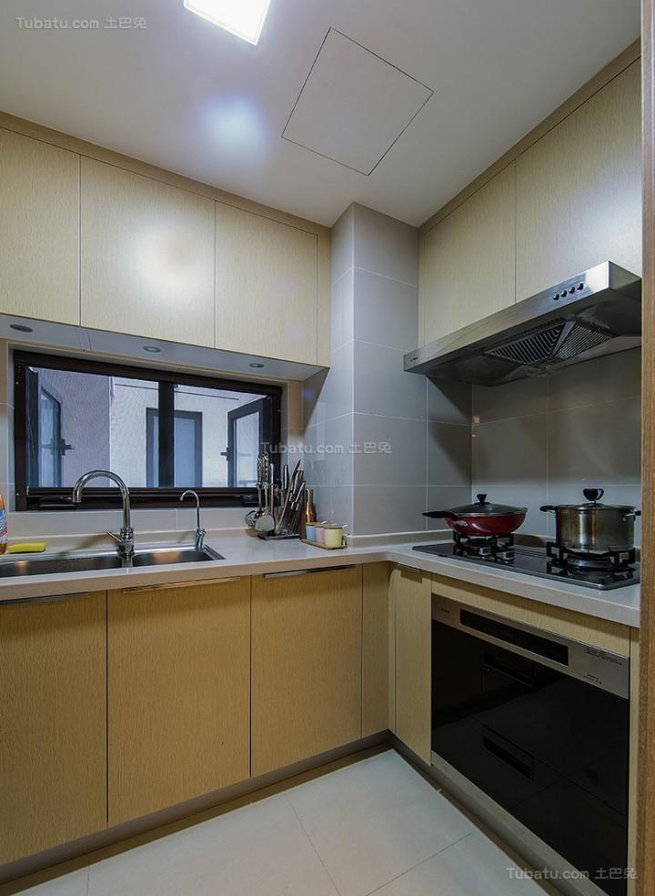 雅致现代化厨房装修效果图
