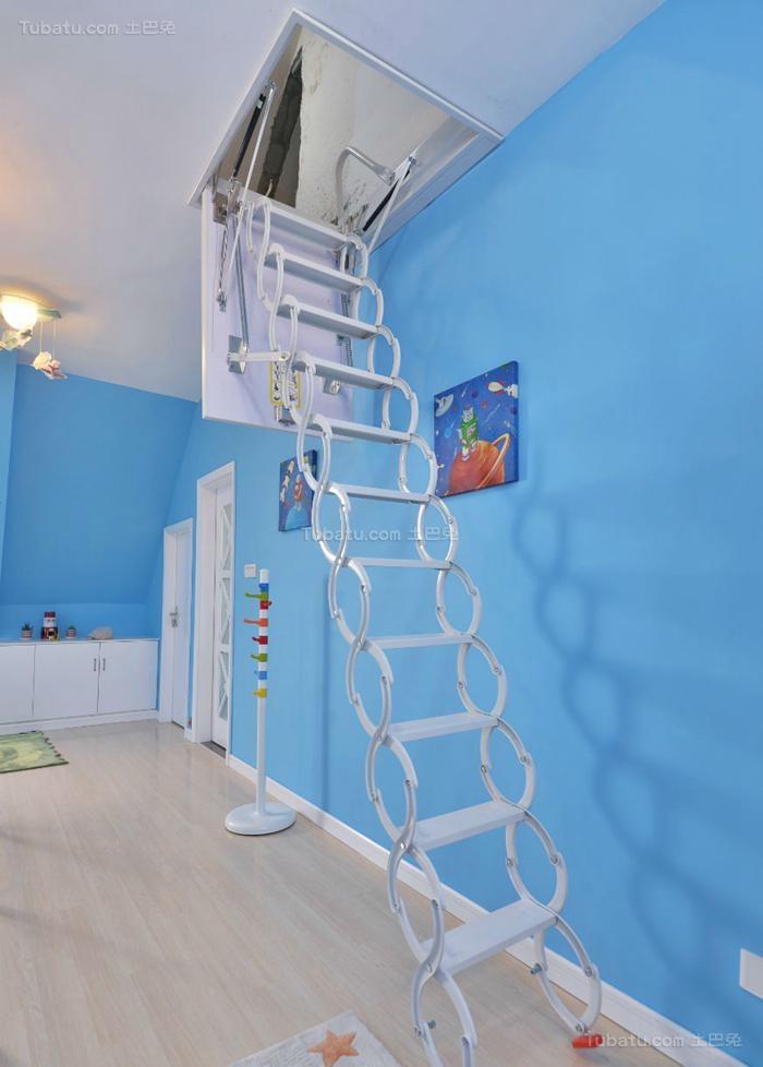 清新休闲风现代楼梯装修效果图