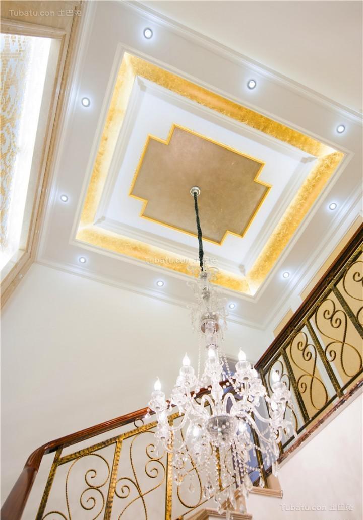 新古典豪华美观吊顶装修效果图