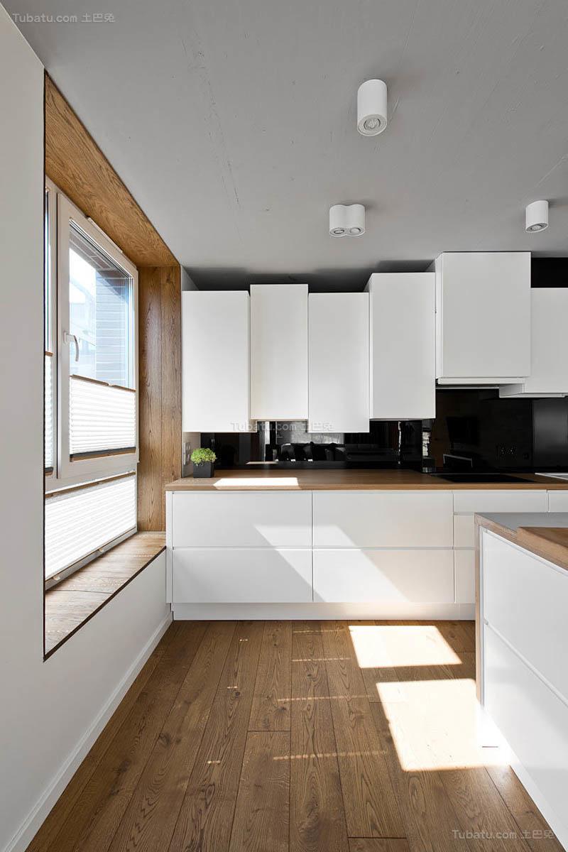 现代风温雅厨房欣赏图