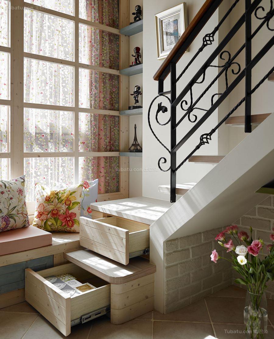 里面温馨田园风实用楼梯装修效果图