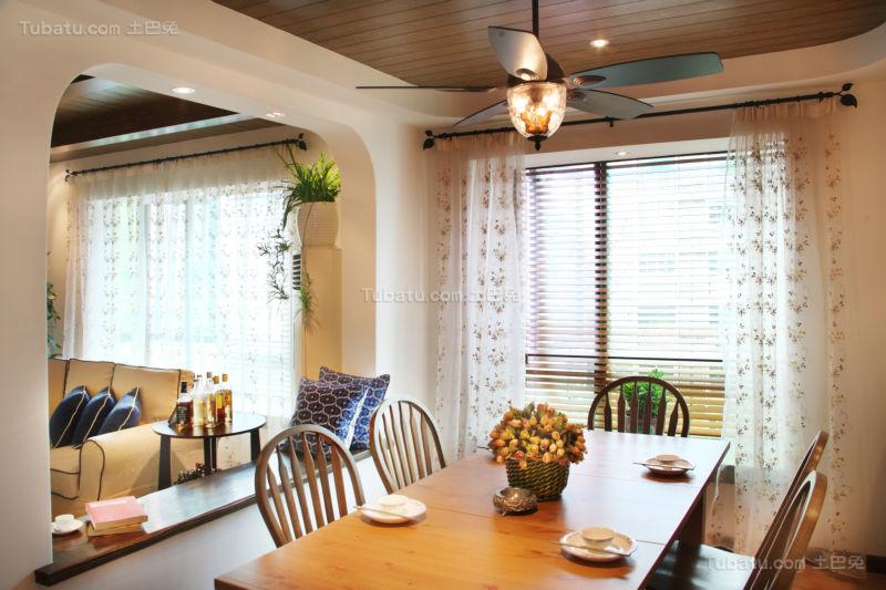 温馨华美感地中海风餐厅图