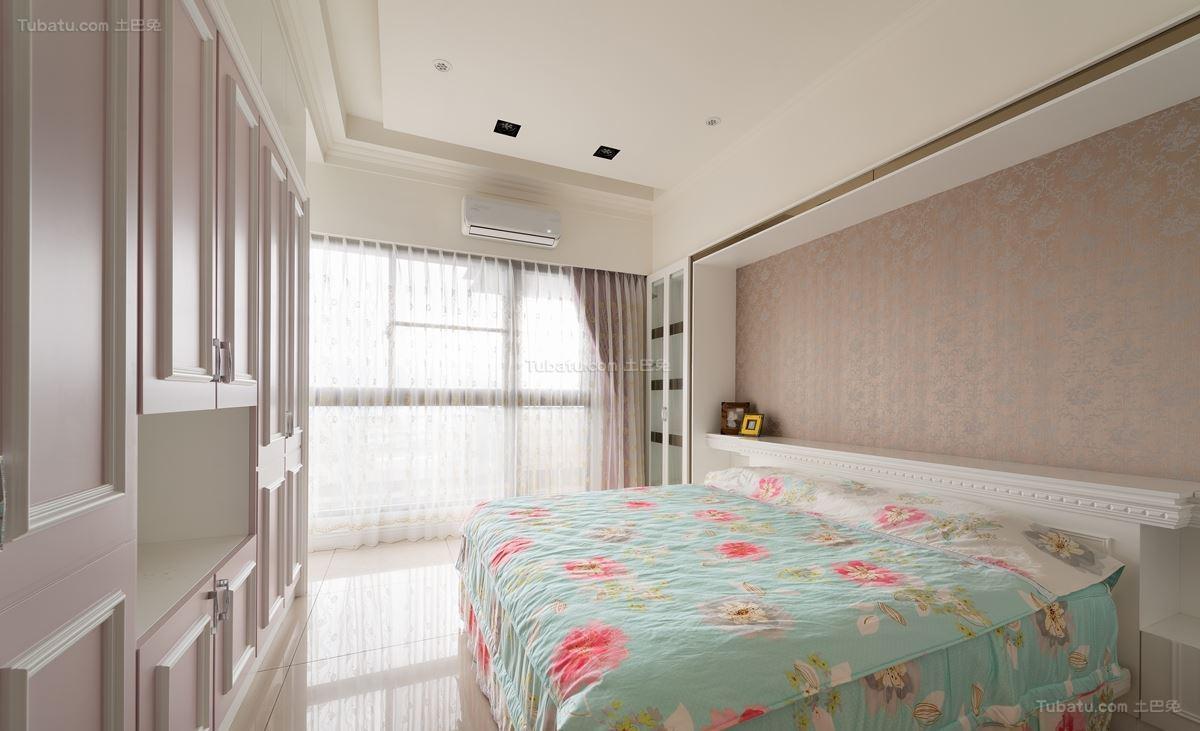 古朴优雅的新古典风格卧室装修效果图