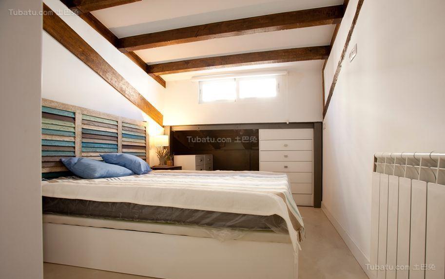 温馨现代化卧室装修效果图