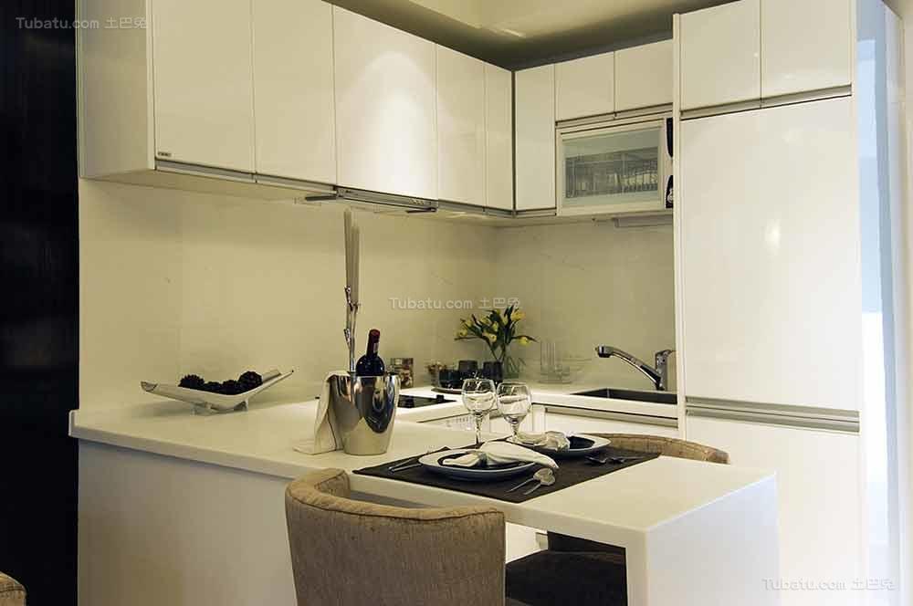 时髦家居现代化厨房装修效果图