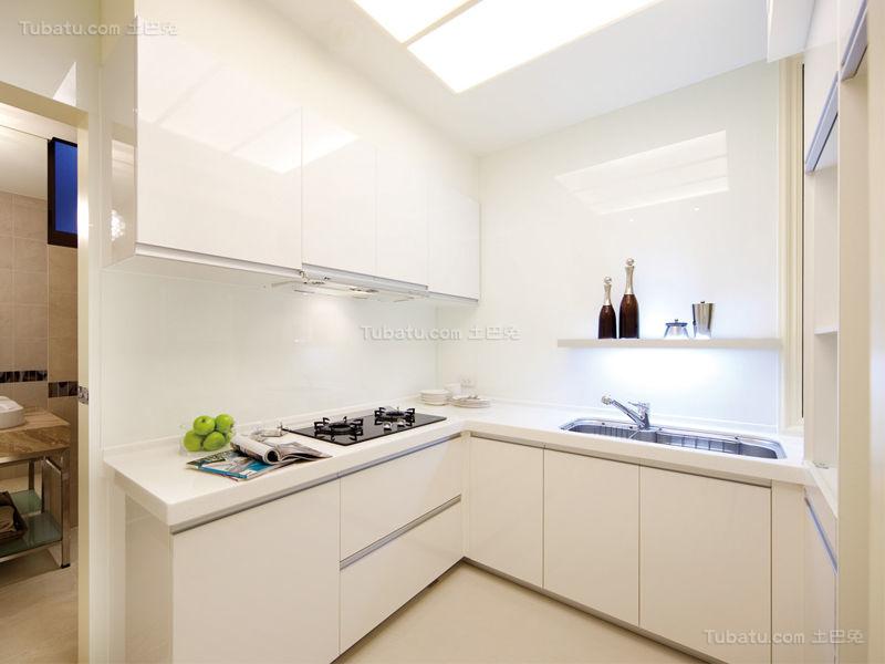 优雅温馨现代化厨房设计效果图