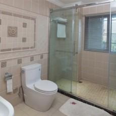 家庭小型卫生间装修效果图