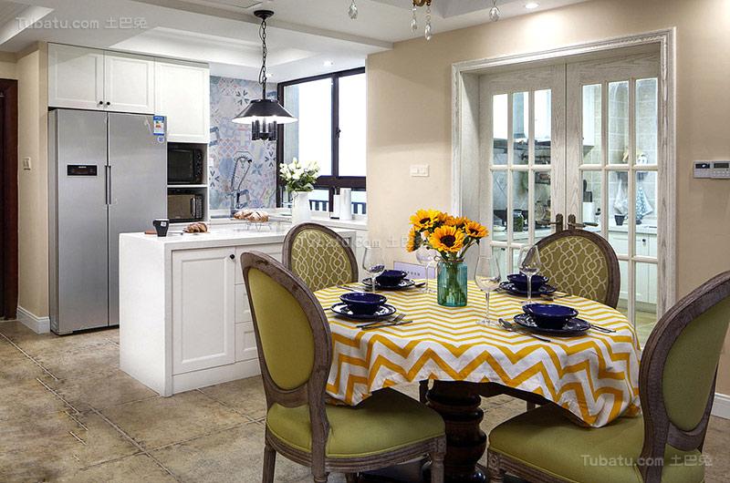 美式新古典三居室设计图片