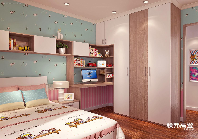 现代简约沙榆配纯白儿童房