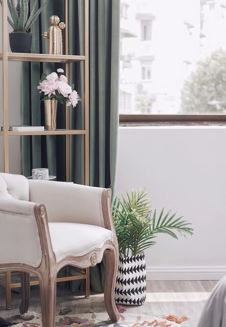 85㎡现代美式两居,阳台浴缸个性十足10367607