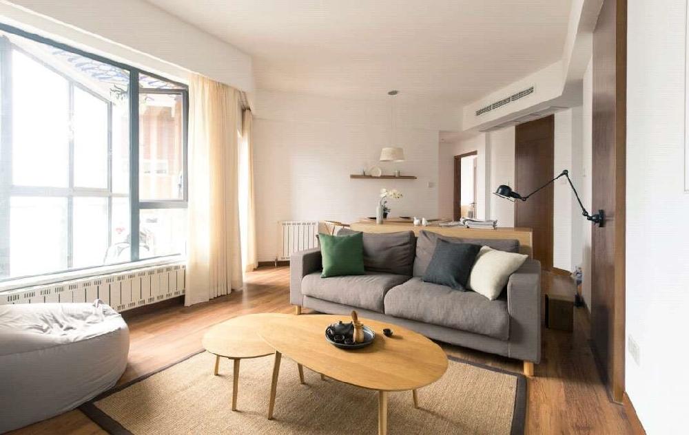 简约的两室一厅的80平米的房子10502985