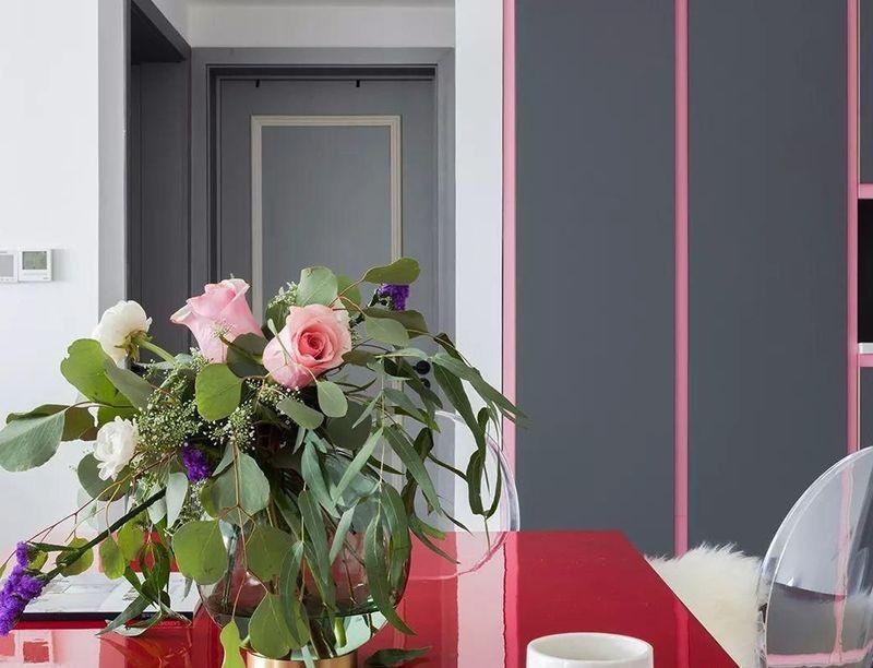 現代風格為基調艷麗色彩搭配出的個性三居室10608580