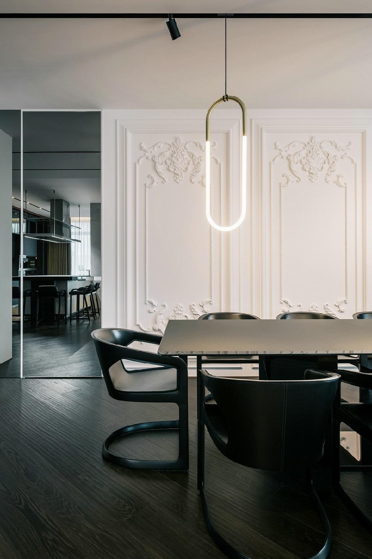 300平米现代高级黑白灰风格10915633