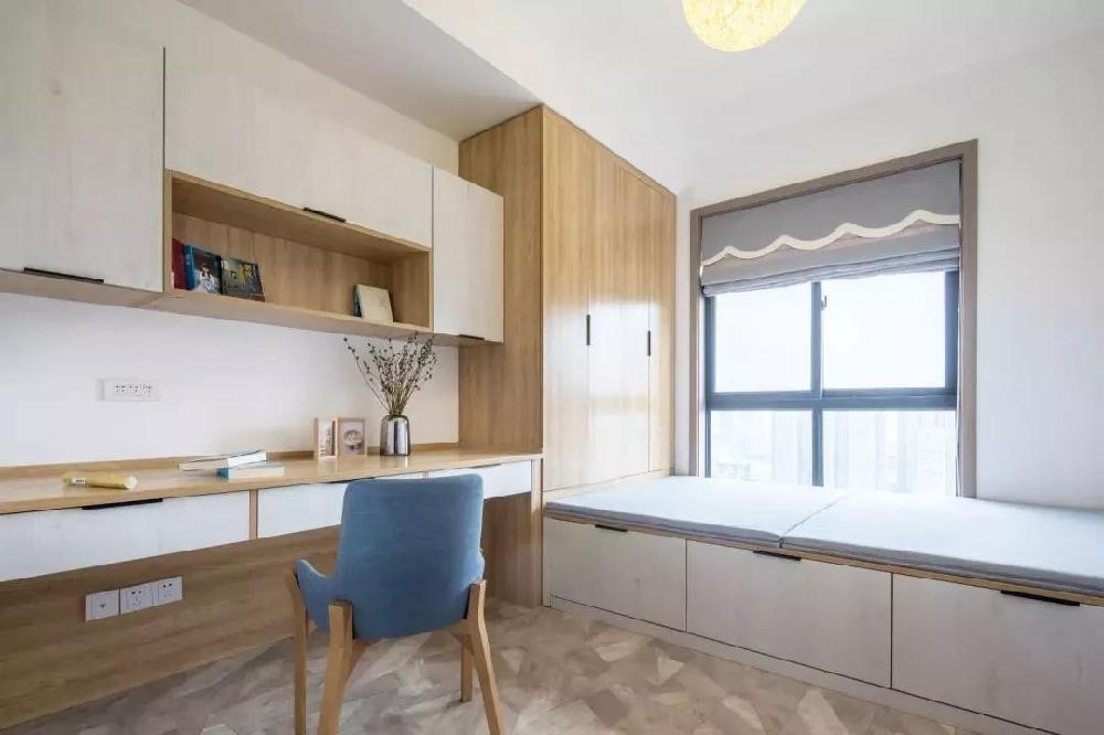 121㎡現代簡約,灰、白、木組成的新房11231192