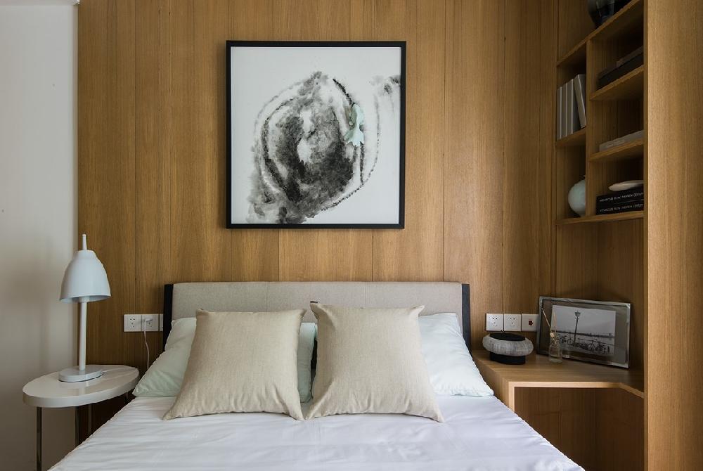 新中式风格的家具多以深色为主11272197