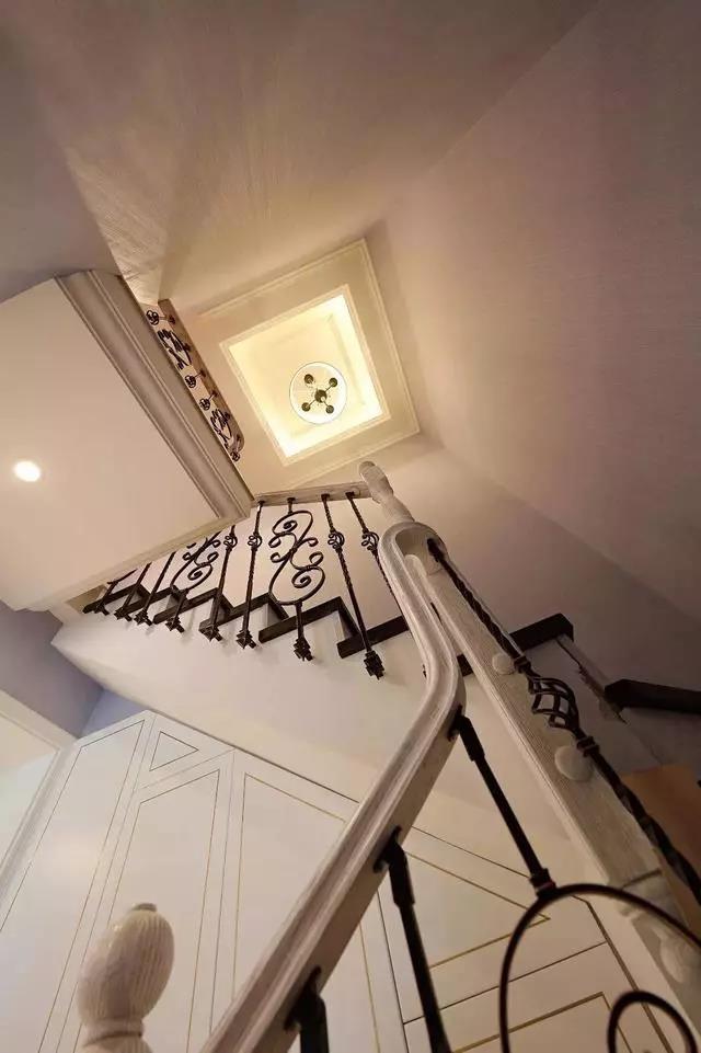 138㎡頂樓復式帶閣樓浪漫法式風情11287021