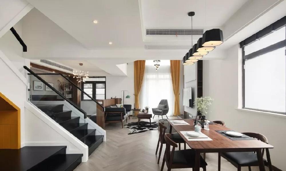 280m²三层复式住宅,挑高的客厅结构11632953