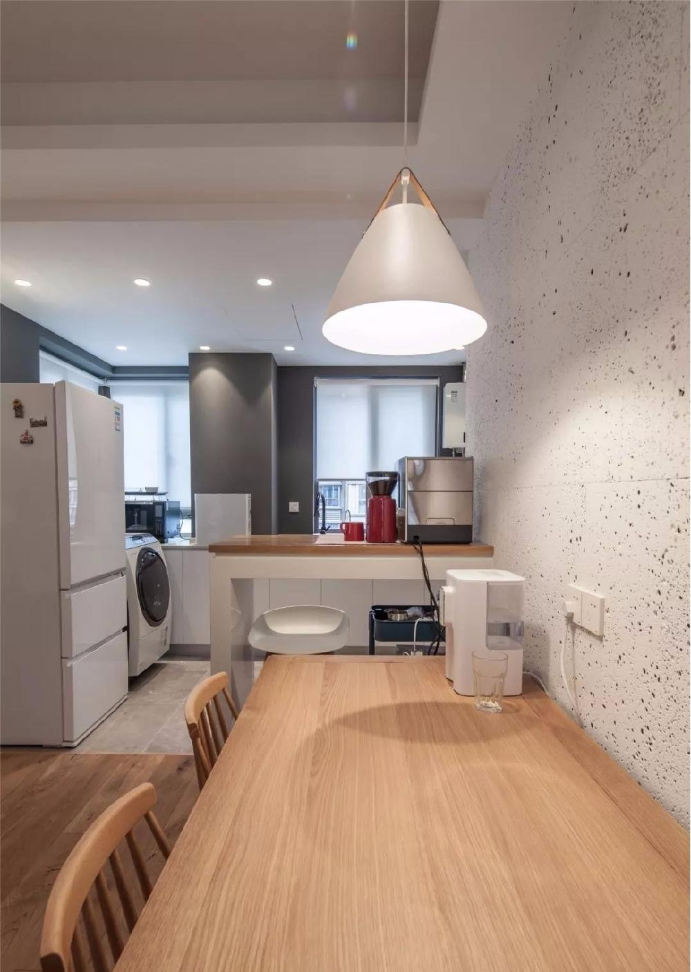 88㎡现代舒适,鞋柜+电视墙,实用大气12086419