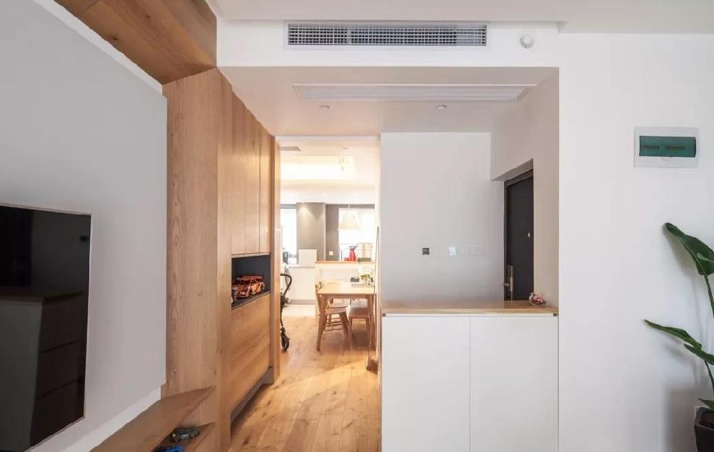 88㎡现代,鞋柜+电视墙组合,实用大气12085235