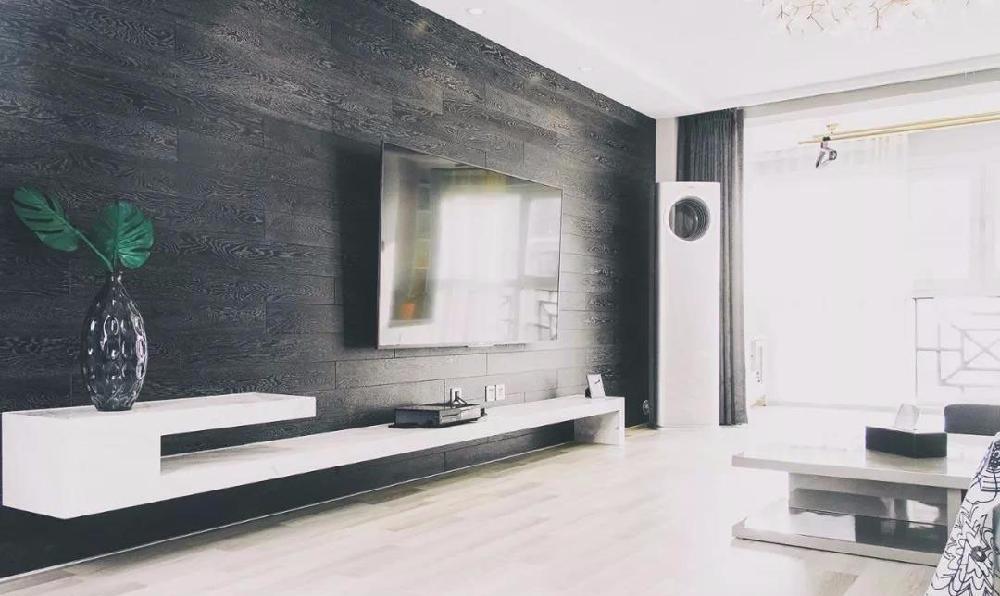 132㎡的现代简约,黑色地板上墙作背景13039550