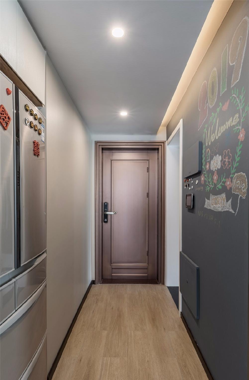 玄关旁做个走廊+卫生间,布局真实用13500410