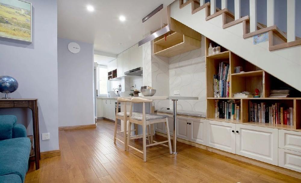 110㎡斜顶复式住宅,楼梯下改成收纳13768877