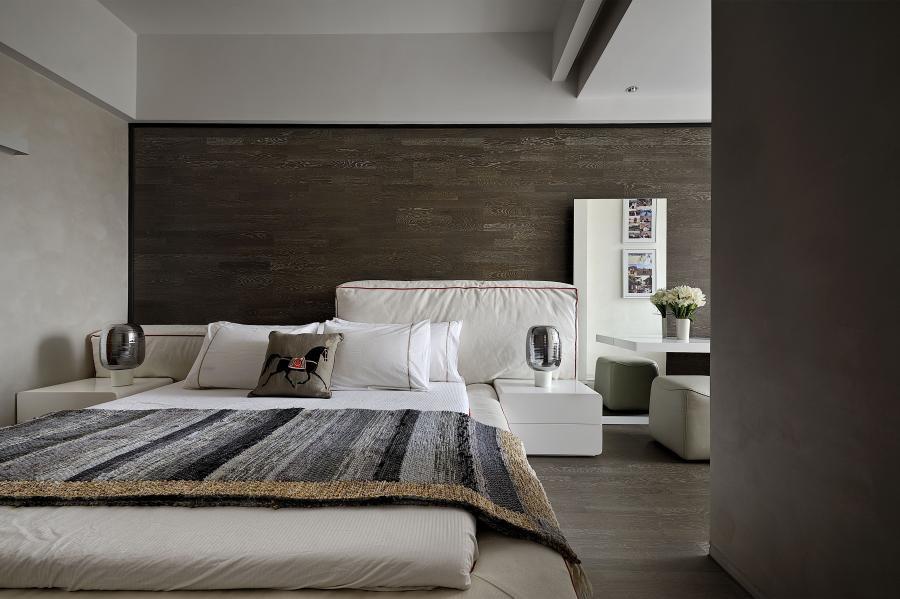 131㎡新房三居改造,极简风设计13943601