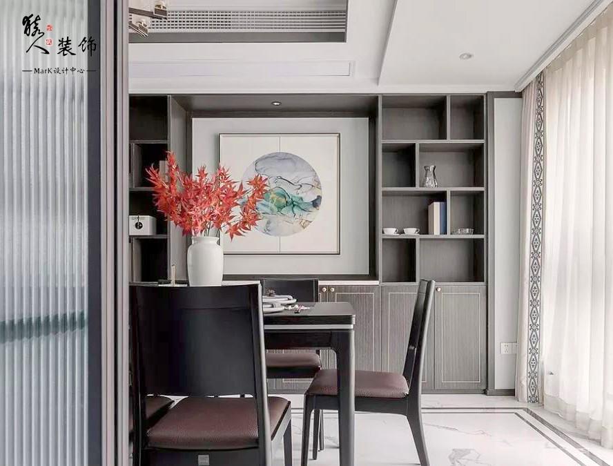 160㎡新中式4室,電視背景墻裝隱形門14903495