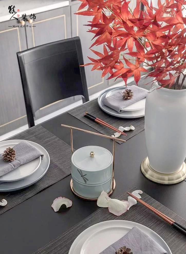 160㎡新中式4室,电视背景墙装隐形门14903496