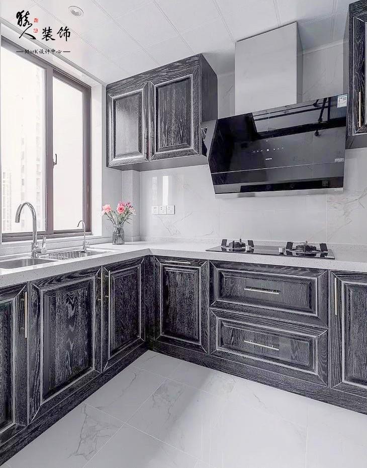 160㎡新中式4室,电视背景墙装隐形门14903500