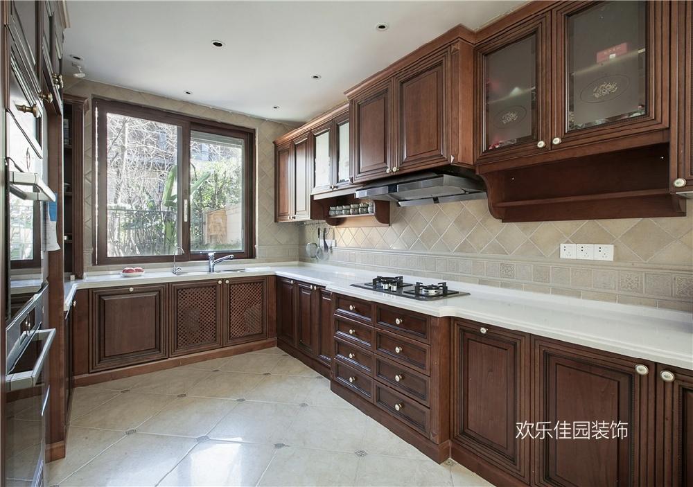 550平別墅,一層美式一層中式15092017