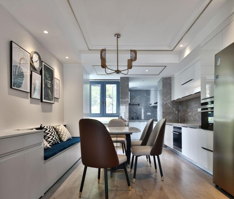 现代极简又明亮舒适的大房子15105515