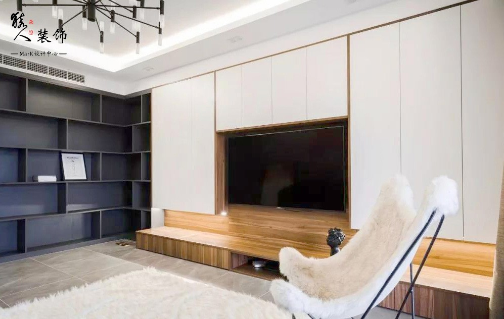 120平现代简约三室,电视背景也太能装了15136164