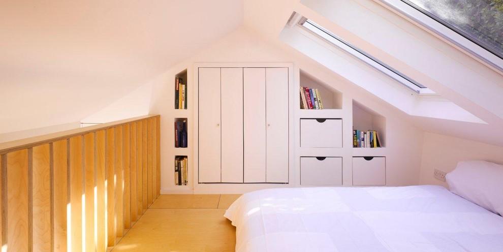 现代阁楼卧室装修图片