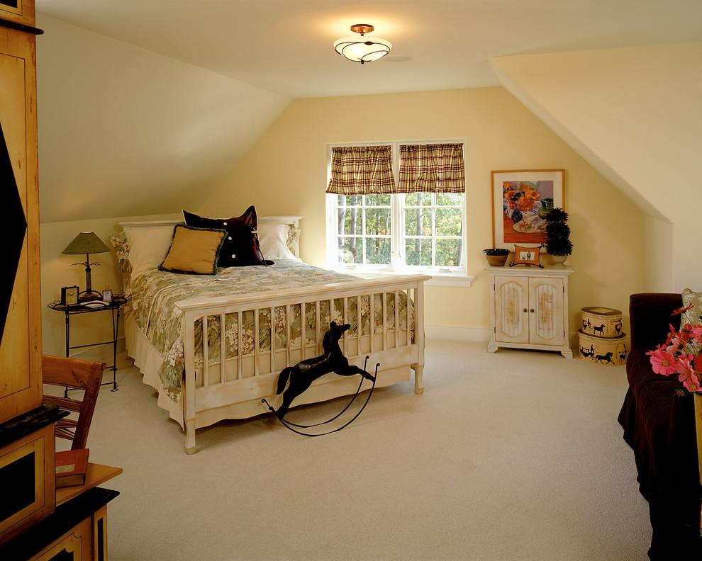 美式卧室阁楼设计装修效果图