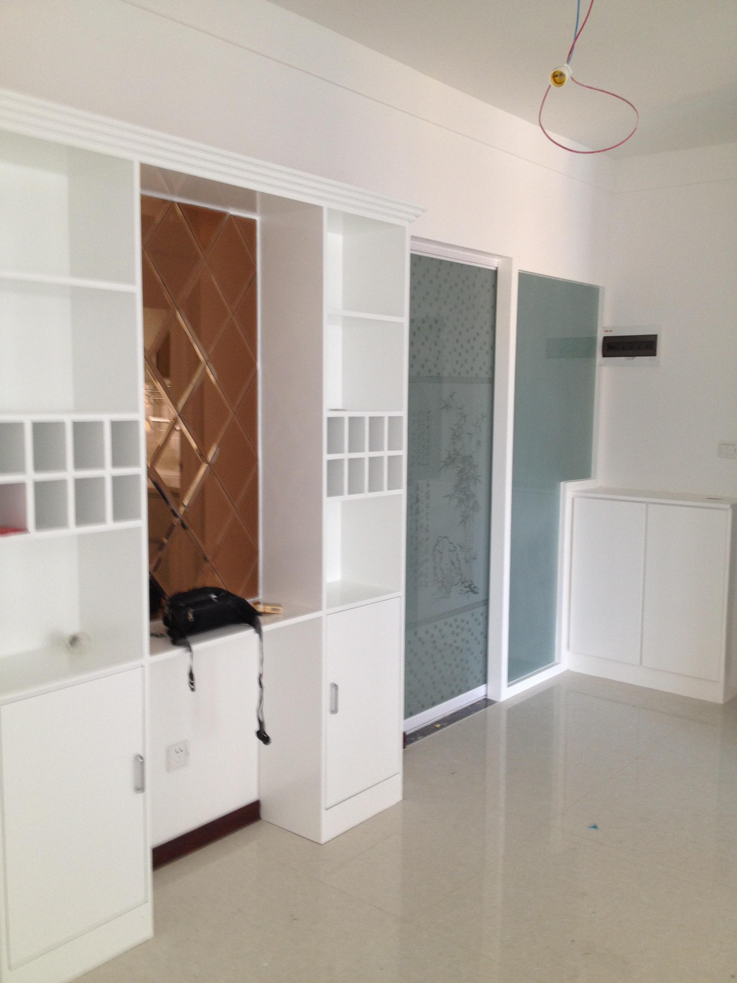 精选84平米二居卧室现代装修设计效果图片欣赏