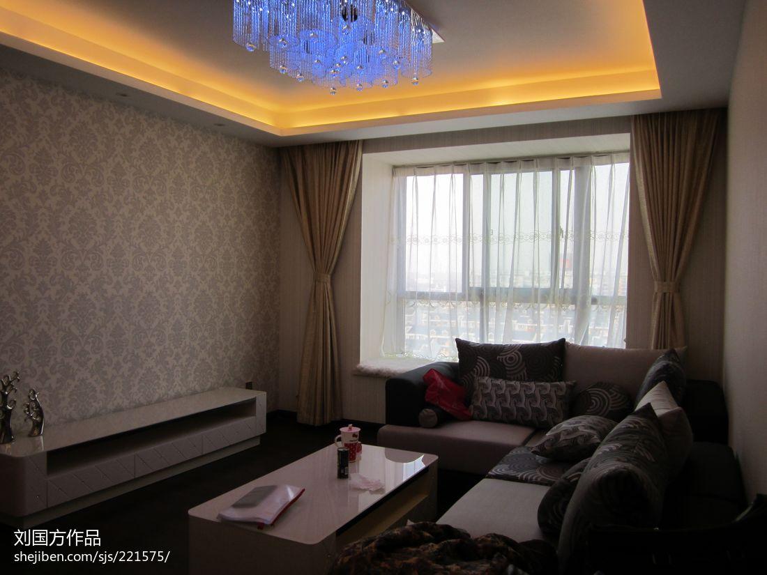 精美面积83平混搭二居客厅实景图片