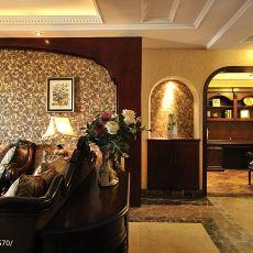 美式风格客厅沙发背景墙效果图