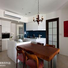 精选86平米二居厨房现代装修欣赏图片
