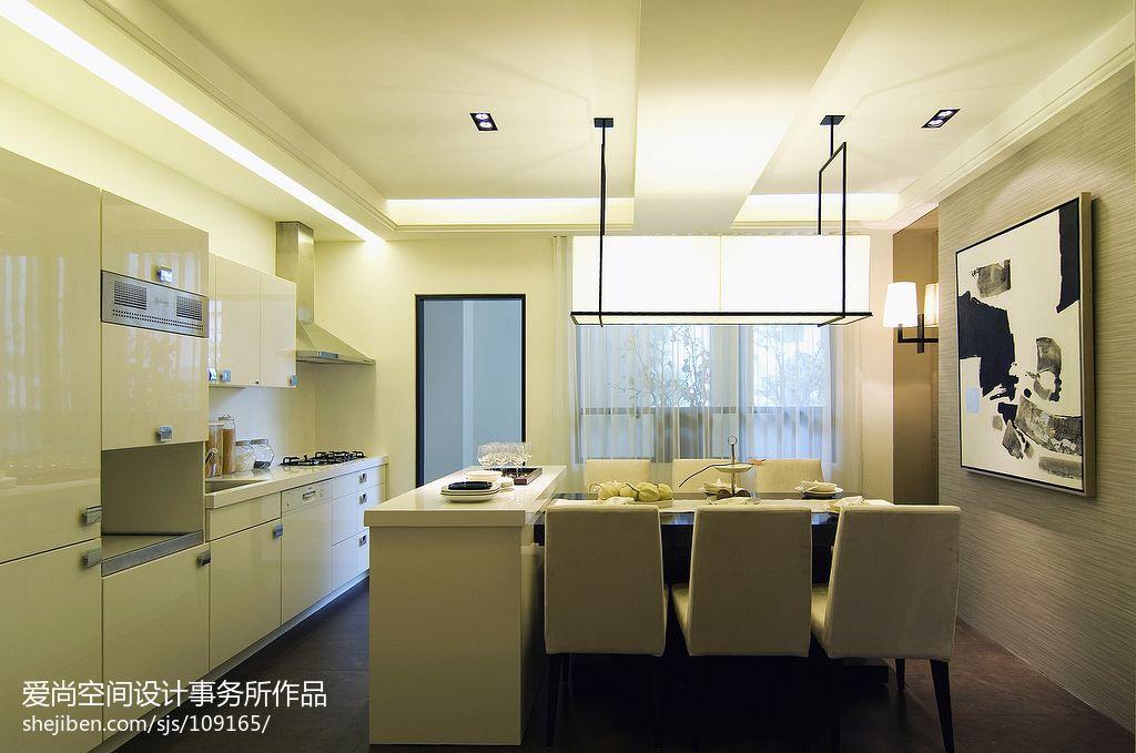 現代簡約開放式廚房餐廳裝修效果圖