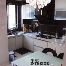 热门92平米三居厨房现代装饰图片大全