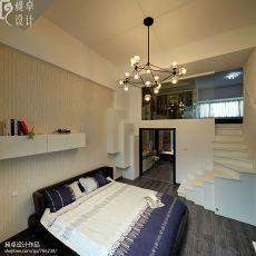 现代卧室玄关楼梯装修效果图